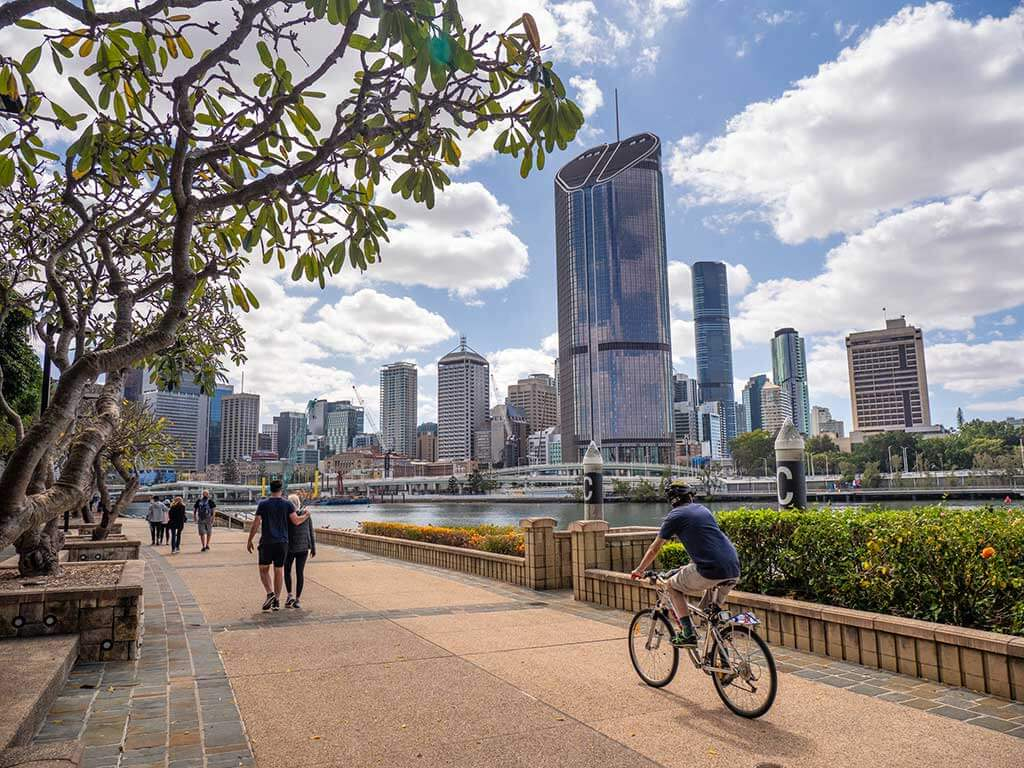 A trip to Brisbane would not be the same without visiting its inner-city oasis. Find here the top things to do in South Bank Brisbane.