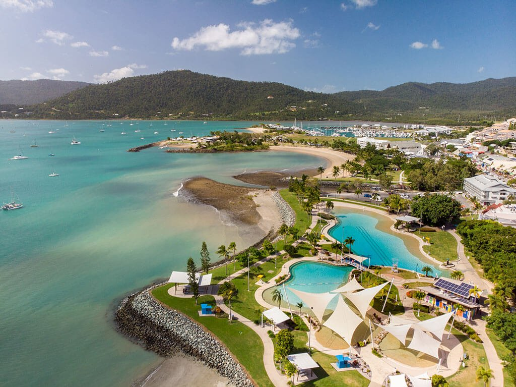 Discover the best places to stop and things to do along the Pacific Coast Way on a Brisbane to Townsville road trip.